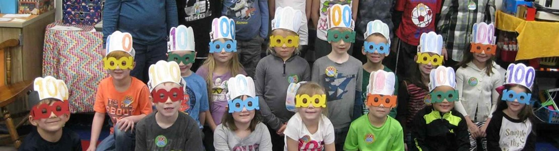 Tarhe Trails Students - celebrating 100th Day