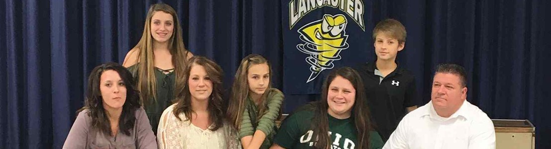 LHS Student Briahna Sark and family (signing National Letter of Intent for Ohio University)