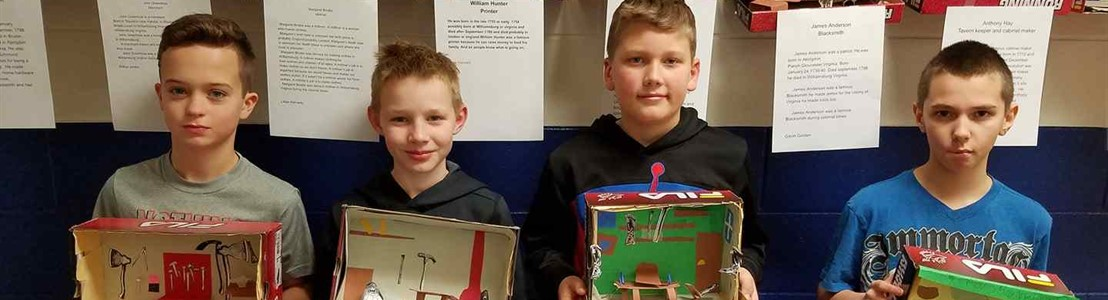 Mt. Pleasant - Mrs. Schisler's Students with their dioramas